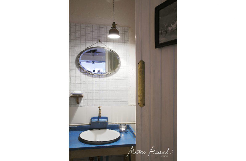 bathroom toilet vintage interior design Matteo Bianchi