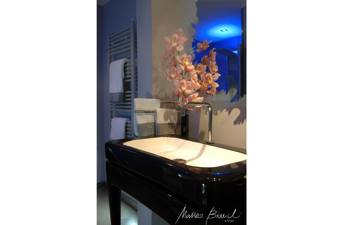 luxury blue bathroom venice hotel interior design