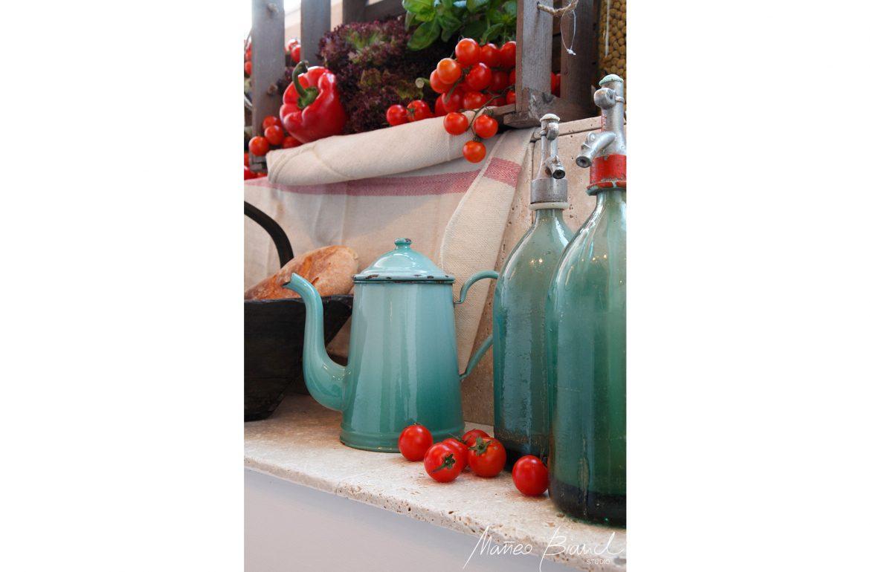 window bottles display vintage restaurant design