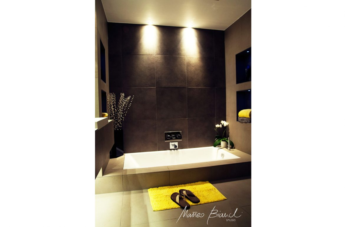 in build bath black tiles interior design Clerkenwell