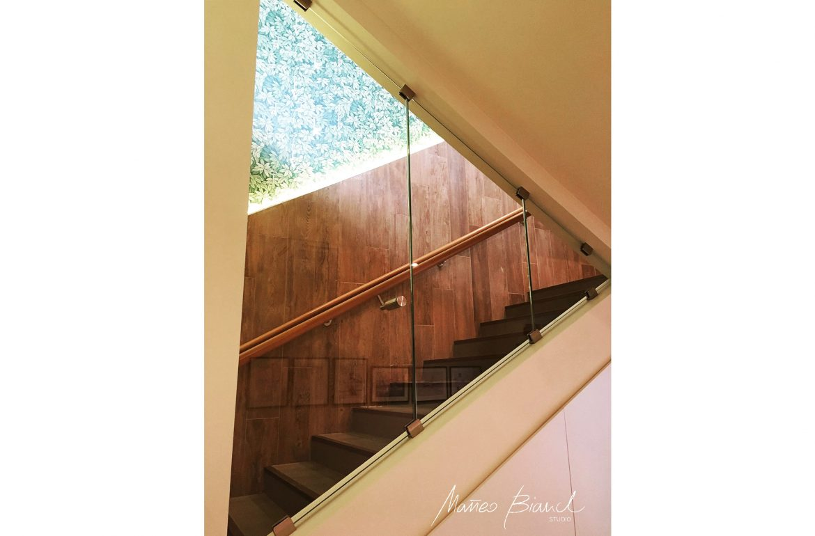 in-build glass detail timber panels stairs