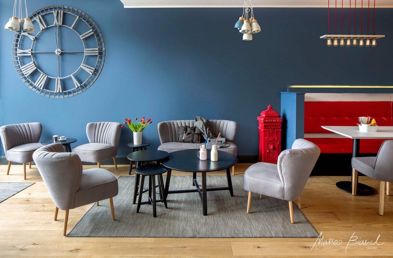 relish burger potters bar interior design